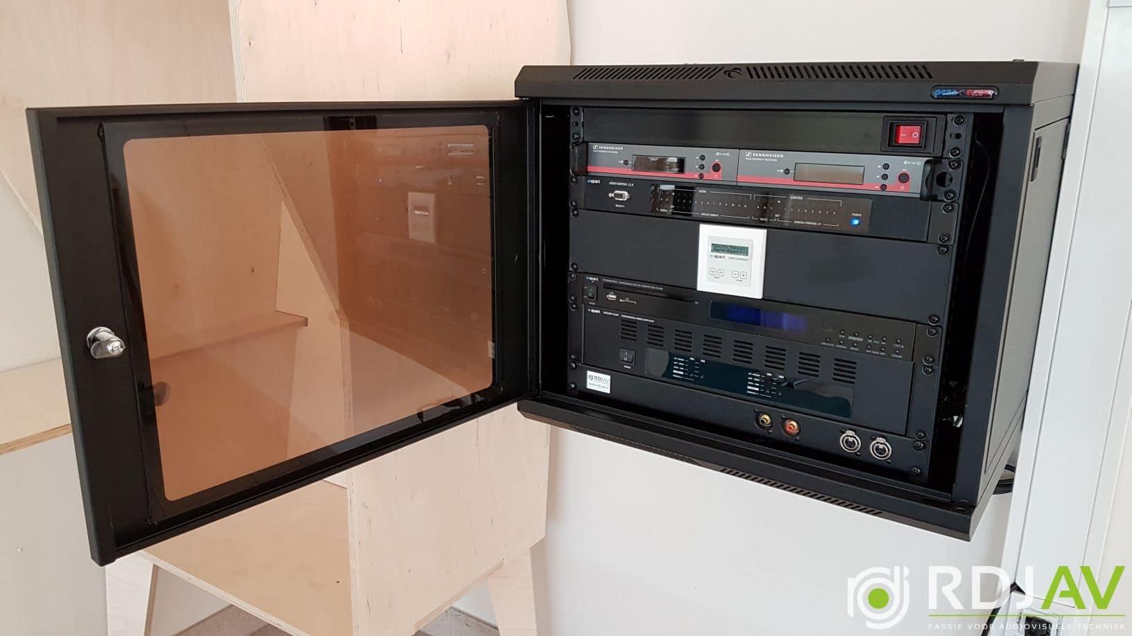 Apparatuur geluidsinstallatie