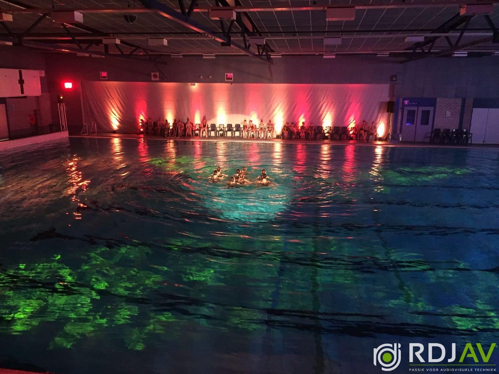 licht synchroonzwemmen